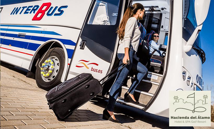 Autobús Hacienda del Álamo desde el aeropuerto Corvera